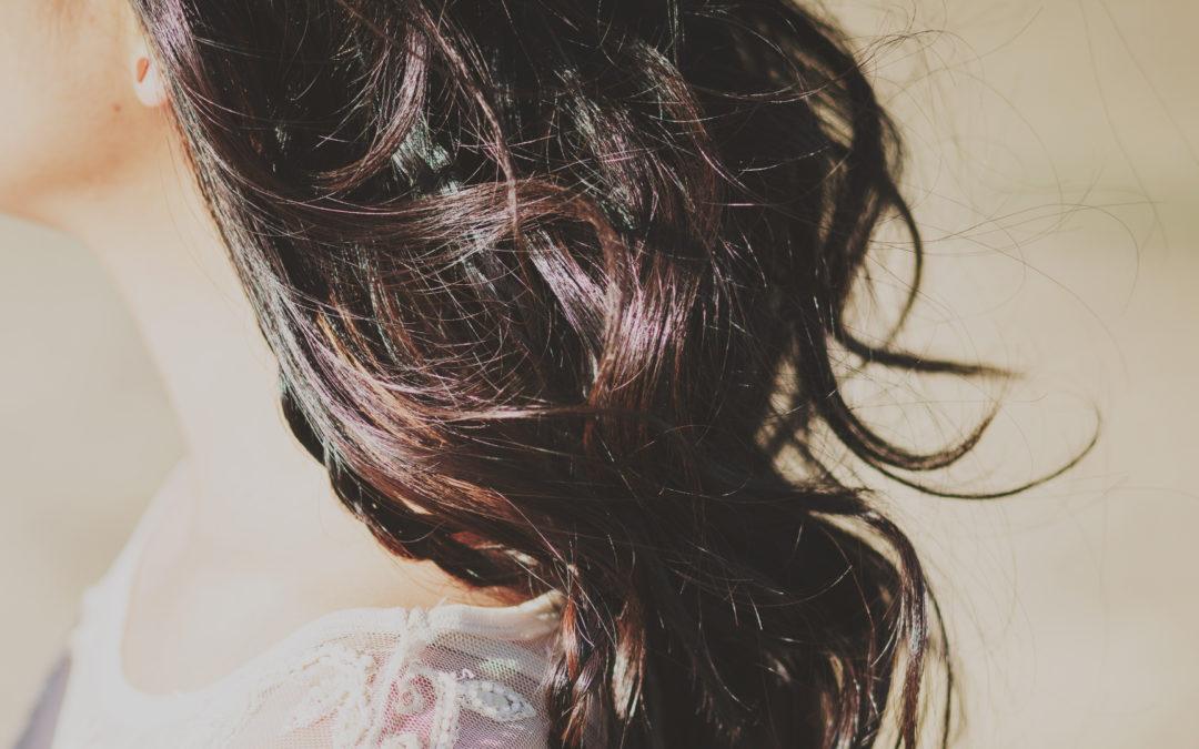 Mes cheveux ne bouclent plus : que faire ?